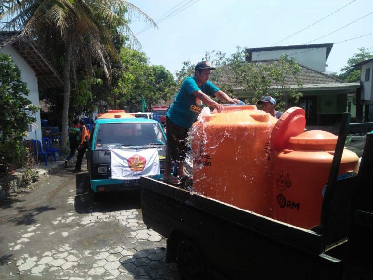 BANSER Srumbung Bantu Air Untuk Wilayah Kekeringan di Borobudur