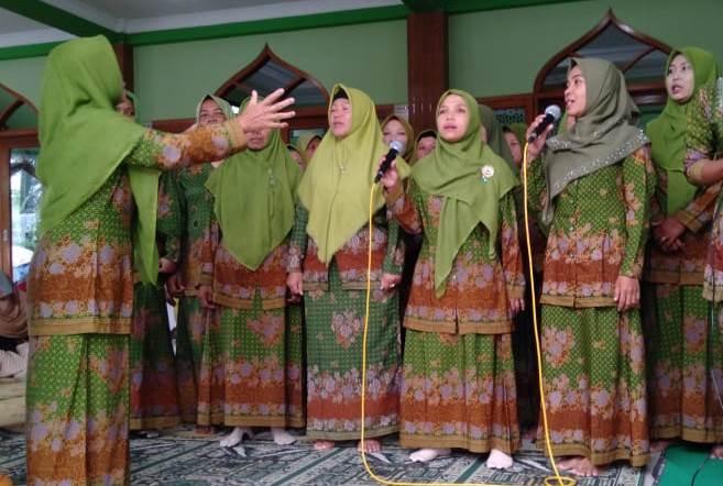 Mars dan Hymne Muslimat Berkumandang di Selapanan NU Sudimoro