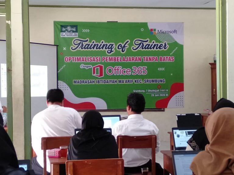 Atasi Kesulitan Pembelajaran Daring, KKM Ma'arif Srumbung Gelar Pelatihan Berbasis IT