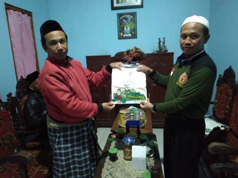 Prihatin Lunturnya Penggunaan Bahasa Jawa,PAC GP Ansor Srumbung Gelar Lomba MC Bahasa Jawa Online.